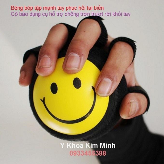Bong bop tap tay phuc sau tai bien cho nguoi benh ban tai tp hcm - Y Khoa Kim Minh
