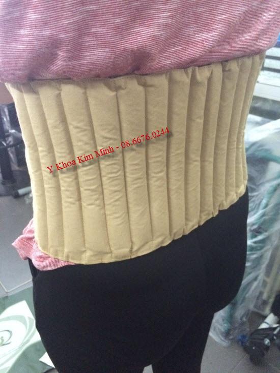 Điều trị đau cột sống bằng đai thảo dược Suny