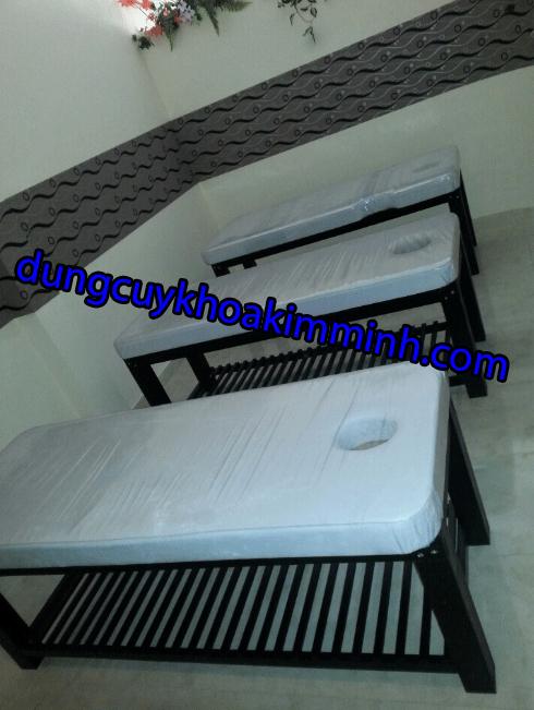Giường thẩm mỹ spa gỗ tràm giá sỉ