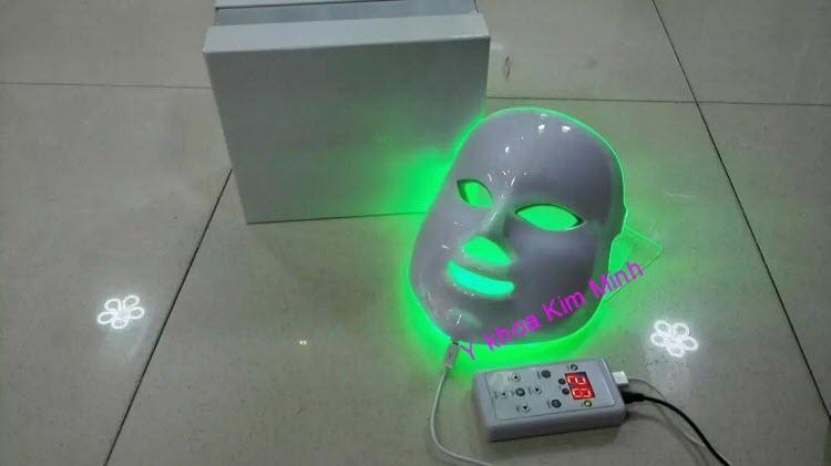 Mat na u trang da bio led 7 màu KM-7P Y khoa Kim Minh