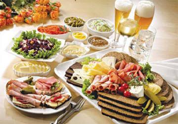Người bệnh cao huyết áp nên kiêng ăn gì