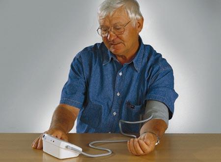 Máy đo huyết áp sử dụng vào lúc nào chính xác nhất