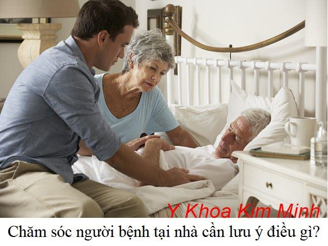 Vệ sinh người bệnh trên giường y tế