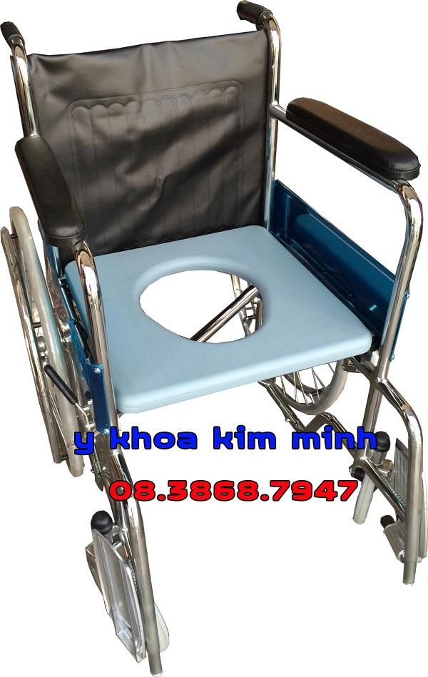 Xe lăn y tế có bô vệ sinh người già X8