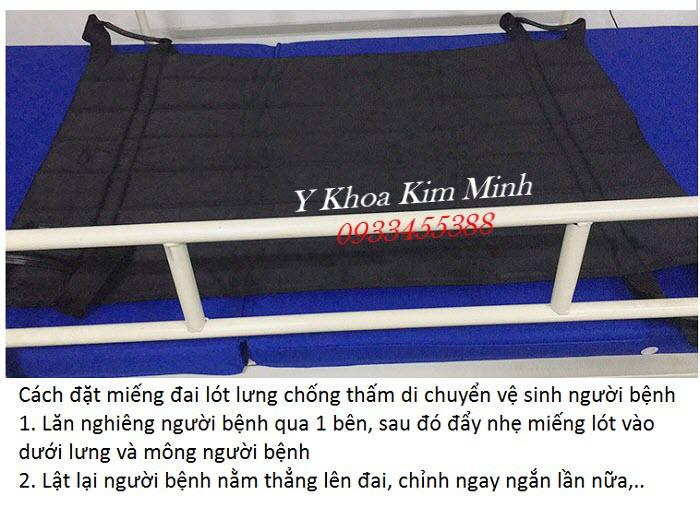 Cách di chuyển người bệnh lên đai lót chống thấm để vệ sinh - Y Khoa Kim Minh