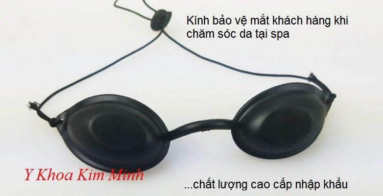 Kính bảo vệ mắt trước tia laser Elight cho khách hàng chăm sóc da tại Spa - Y Khoa Kim Minh 0933455388