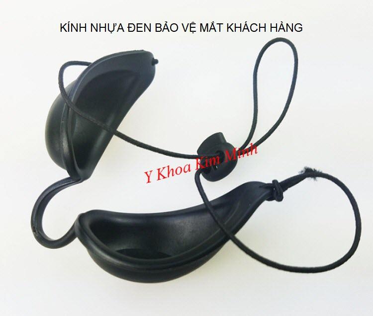 Kính đen bảo vệ mắt dùng cho khách hàng chăm sóc da - Y Khoa Kim Minh 0933455388