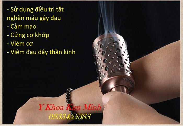 Sử dụng lăn ngải đồng đôi chữa cảm lạnh thương hàn, phong gió, trị đau nhức cơ khớp rất hiệu quả cho người già - Y Khoa Kim Minh