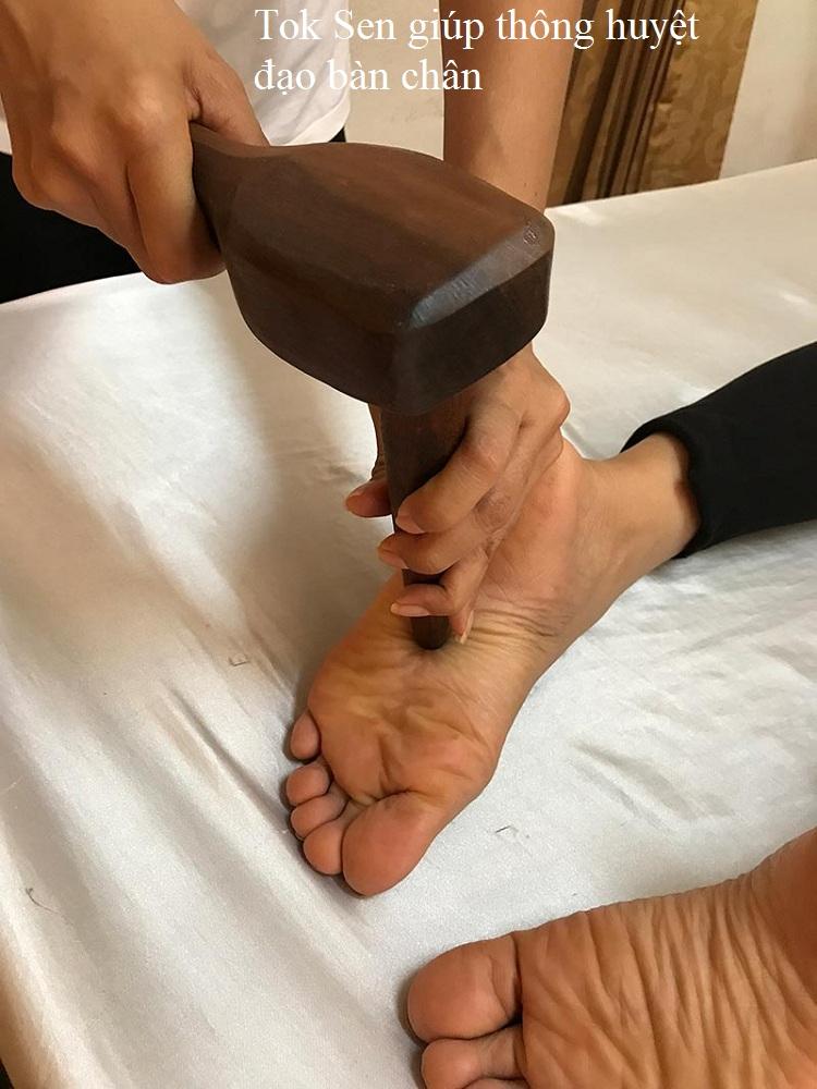 Tok Sen trị huyệt đạo lòng bàn chân - Y khoa Kim Minh