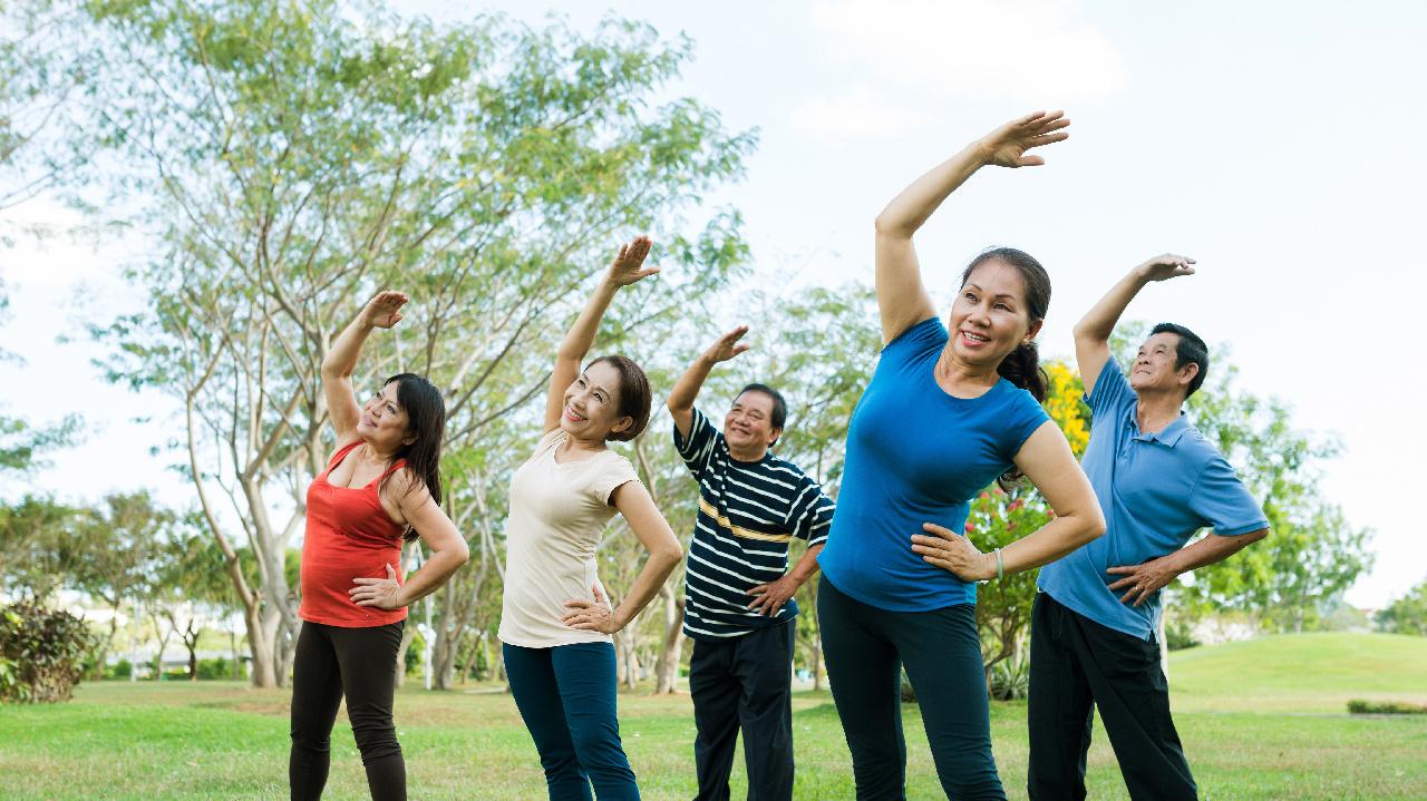 Tập thể dục buổi tối tốt cho sức khỏe